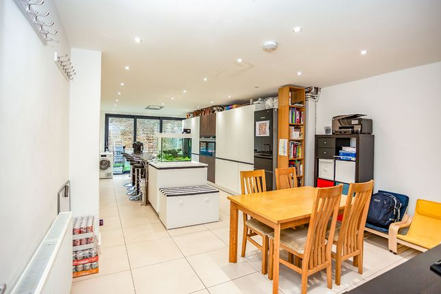 Thumbnail Terraced house for sale in Woodford Road, Watford, Hertfordshire