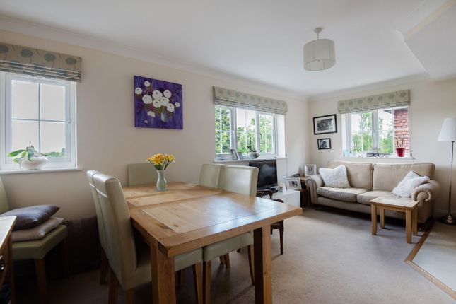 Thumbnail Flat for sale in Send Road, Send, Woking