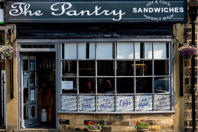Thumbnail Restaurant/cafe for sale in Main Street, Ilkley