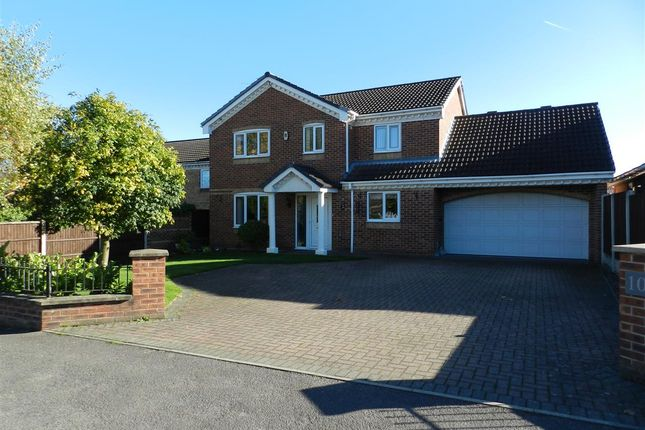 Thumbnail Detached house for sale in St Lawrence Road, North Wingfield, Chesterfield