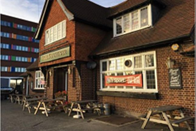 Thumbnail Pub/bar for sale in Hadleigh Road, Ipswich