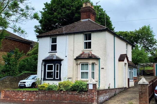 Thumbnail Property for sale in West Wycombe Road, High Wycombe