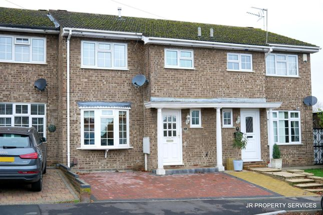 Thumbnail Terraced house for sale in Grovedale Close, Cheshunt, Waltham Cross