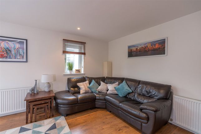 Lounge Area of Lochend Park View, Edinburgh EH7