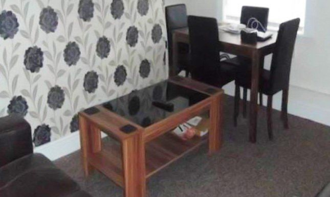Thumbnail Shared accommodation to rent in Great Clowes Street, Salford
