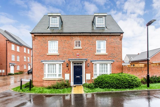 Thumbnail Detached house to rent in Griffiths Close, Bushey