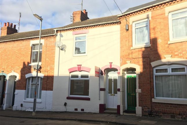 3 bed property to rent in Baker Street, Northampton NN2