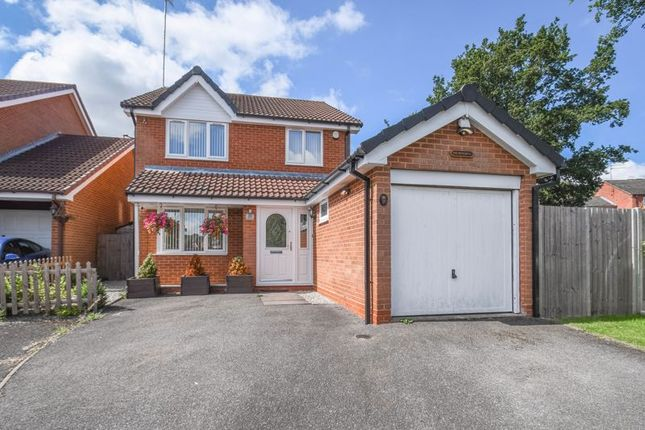 4 bed detached house to rent in Drakes Close, Walkwood, Redditch B97