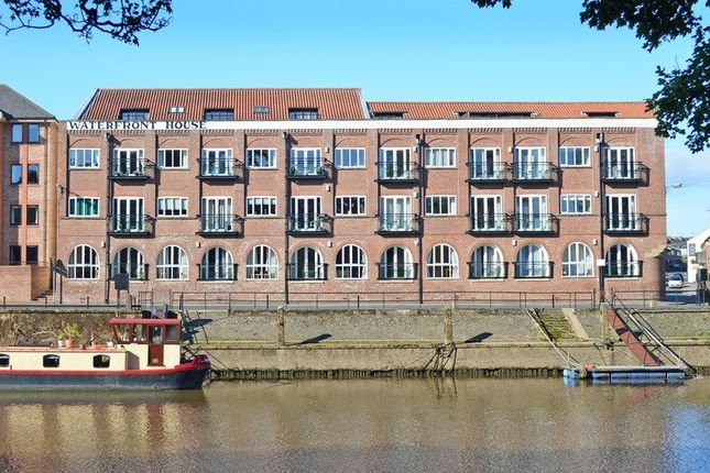 Thumbnail Flat for sale in Clementhorpe, York