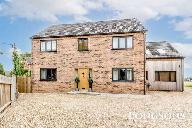 Thumbnail Detached house for sale in Hillside, Marham