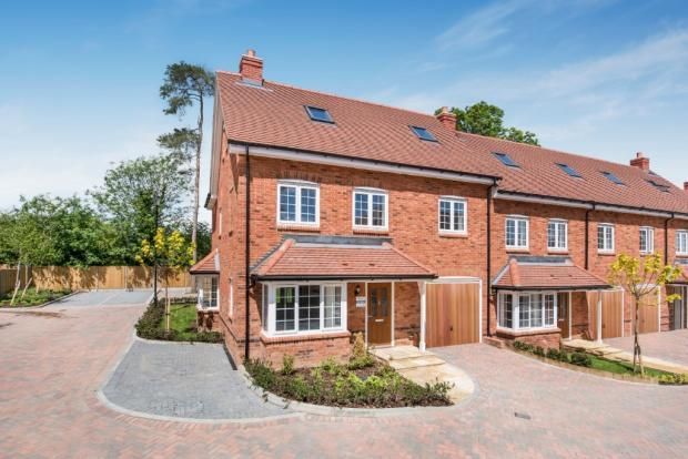 Thumbnail Mews house for sale in Terriers Court, High Wycombe