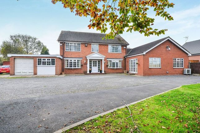 Thumbnail Detached house for sale in Dovecote Road, Newthorpe, Nottingham