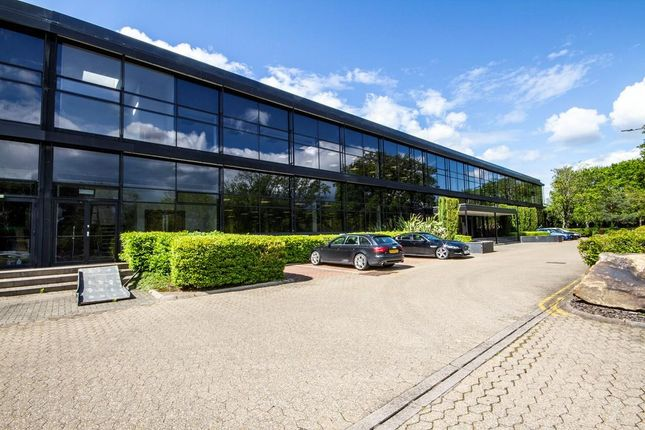 Thumbnail Warehouse to let in Unit 22, Woking Business Park, Sheerwater, Woking, South East