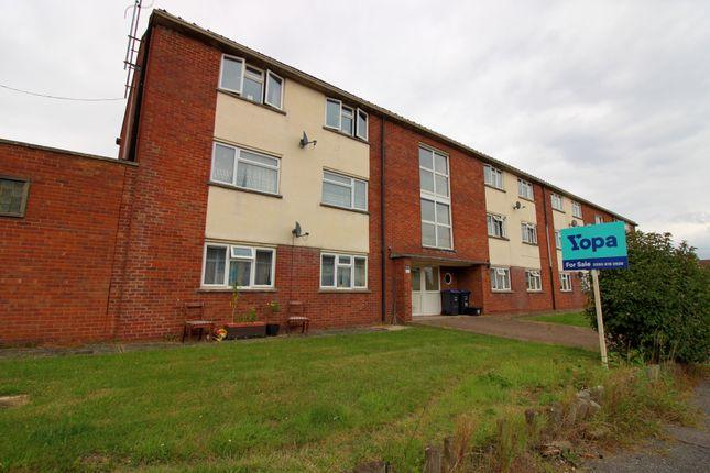 2 bed flat for sale in Neeld Crescent, Chippenham SN14