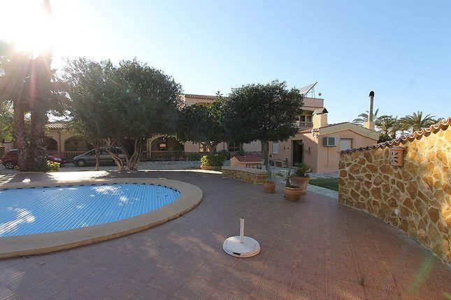 Thumbnail Villa for sale in Elche, Alicante, Spain