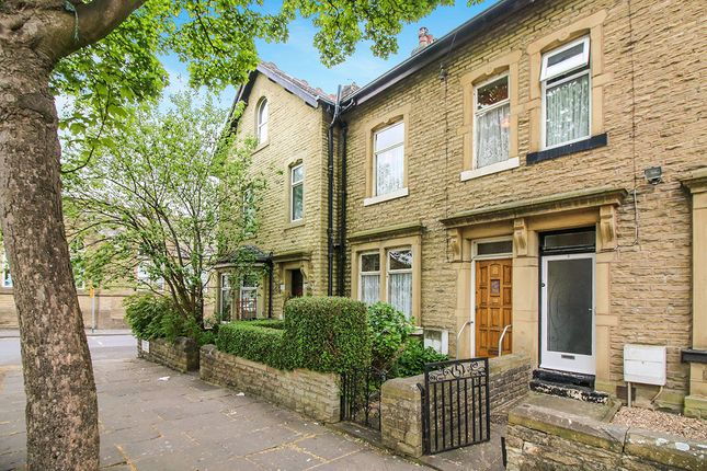 Thumbnail Terraced house for sale in Park Avenue, Keighley