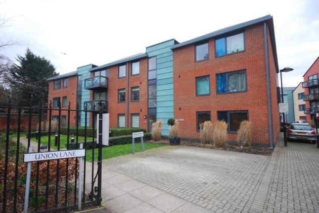 Thumbnail Flat to rent in Warren House, Union Lane/Isleworth