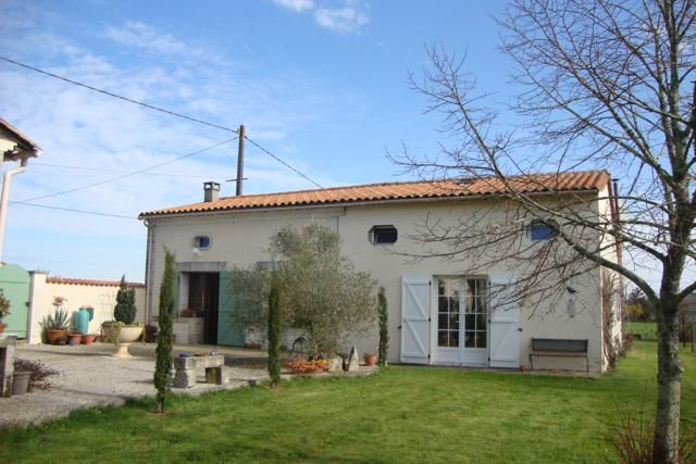 4 bed detached house for sale in Montendre, Chamouillac, Montendre, Jonzac, Charente-Maritime, Poitou-Charentes, France