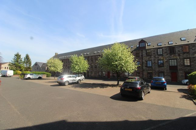 Thumbnail Flat for sale in Weavers Way, Tillicoultry