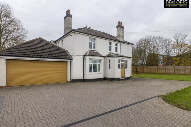 5 bed detached house for sale in Hawthorn Road, Reepham, Lincoln LN3