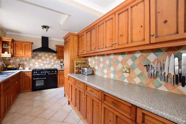 Thumbnail Detached house for sale in Heath Road, Boughton Monchelsea, Maidstone, Kent