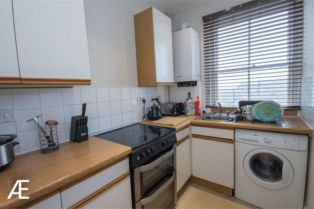 Thumbnail Flat to rent in 12-16 High Street, Chislehurst, Kent