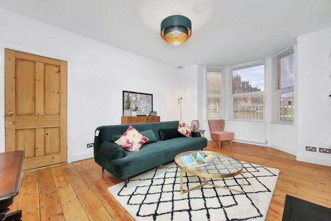 Lounge of Solway Road, London SE22