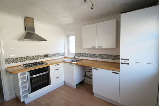 Thumbnail Flat to rent in Cambridge Road, Ford, Plymouth