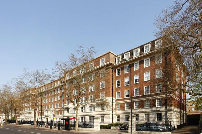 2 bed flat to rent in Park Road, St John's Wood