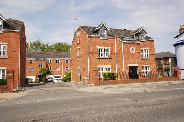 Thumbnail Flat to rent in Heworth Mews, York