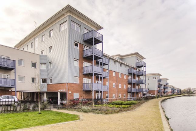 Thumbnail Flat to rent in Waterside Park, West Drayton