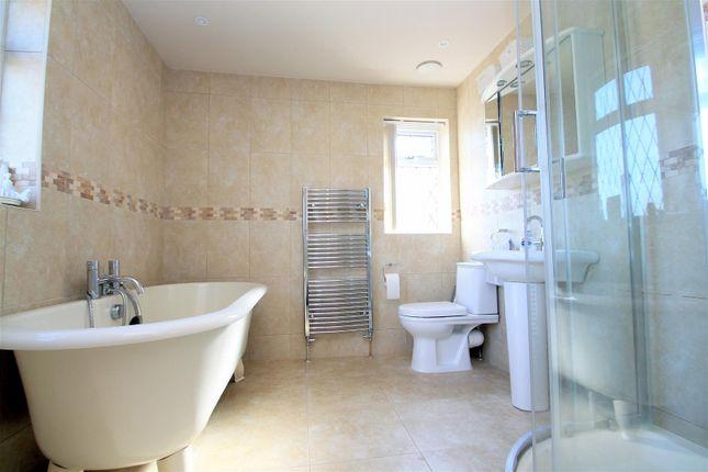 Thumbnail Property for sale in Ravensbourne Avenue, Shoreham-By-Sea