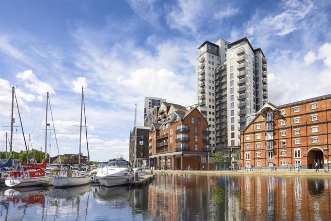 Thumbnail Flat for sale in Regatta Quay, Key Street, Ipswich