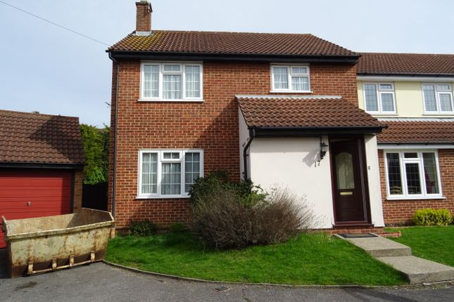 4 bed link-detached house to rent in Connaught Way, Billericay CM12