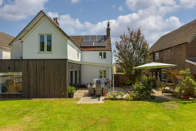 Thumbnail Property for sale in Earlswood Road, Redhill