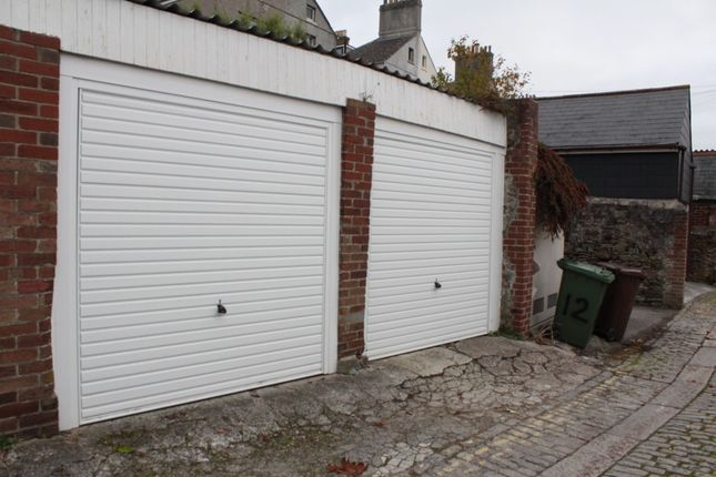 Parking/garage to rent in Lockyer Road, Mutley, Plymouth