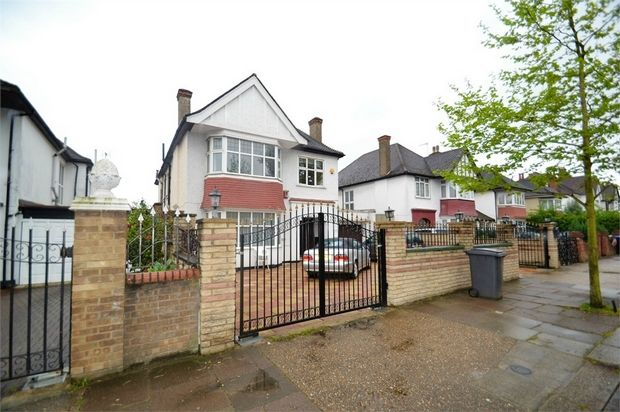 Detached house to rent in The Avenue, London