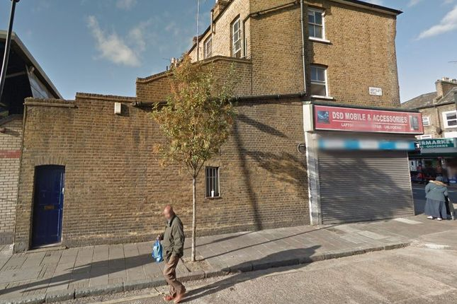Thumbnail Triplex for sale in Seven Sisters Road, Holloway