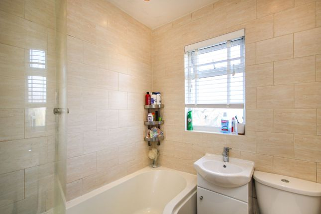 Family Bathroom of Banks Road, Coventry CV6