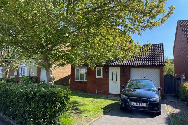 Thumbnail Detached house to rent in Oaktree Crescent, Bradley Stoke, Bristol