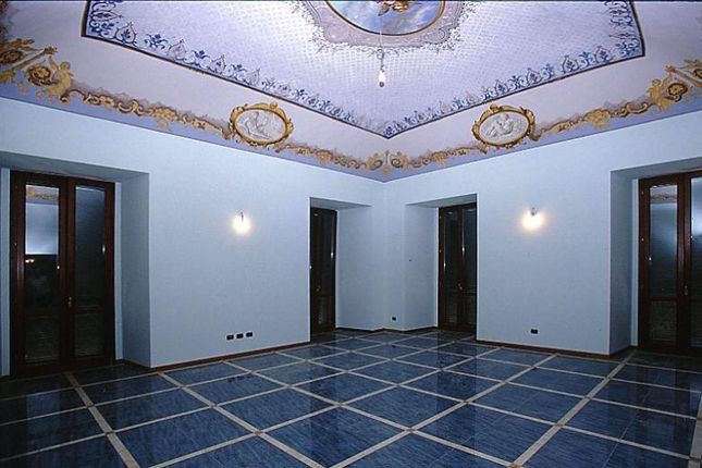Apartment for sale in Stunning Fresco Apartment, Giuliano, Province Of Teramo