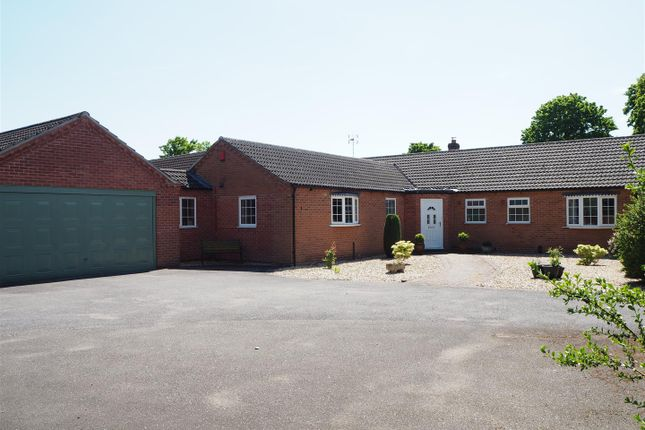 Thumbnail Detached bungalow for sale in The Orchard, Newark