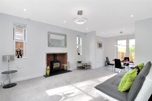 Sitting Room of Lake View, Hyde Lane, Frogmore AL2