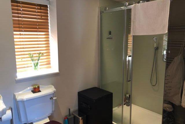 Bathroom of Woodcote, Oxfordshire RG8