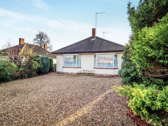 Thumbnail Bungalow for sale in Hoveton, Norwich, Norfolk