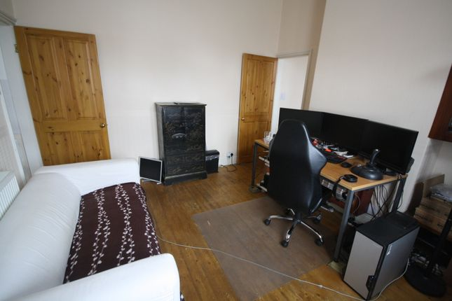 Thumbnail End terrace house to rent in Knighton Fields Road East, Aylestone, Leicester