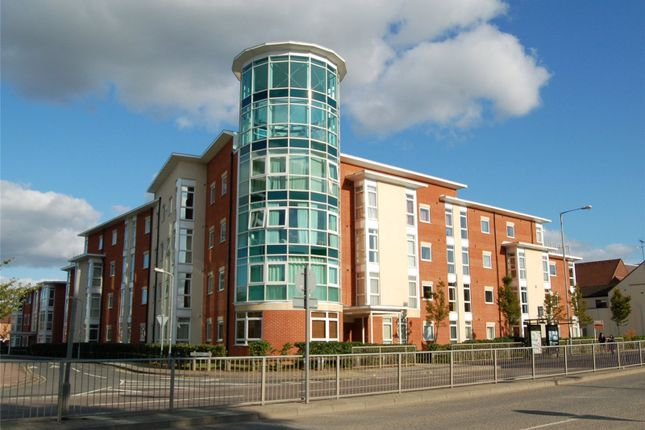 2 bed flat to rent in Kerr Place, Old Brewery Close, Aylesbury, Buckinghamshire HP21