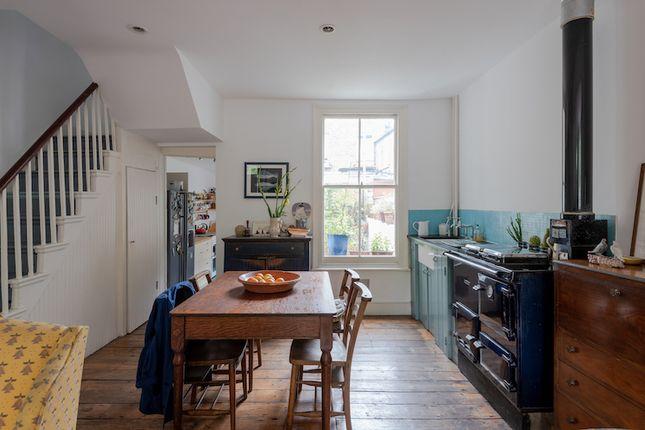 Thumbnail Terraced house for sale in Elwin Street, London