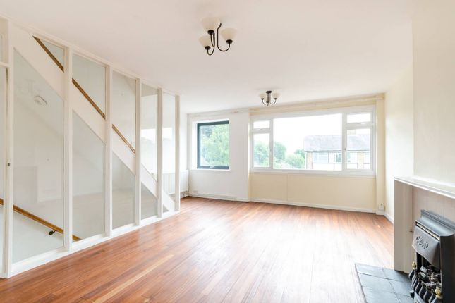 Thumbnail Property to rent in Buckleigh Way, Crystal Palace