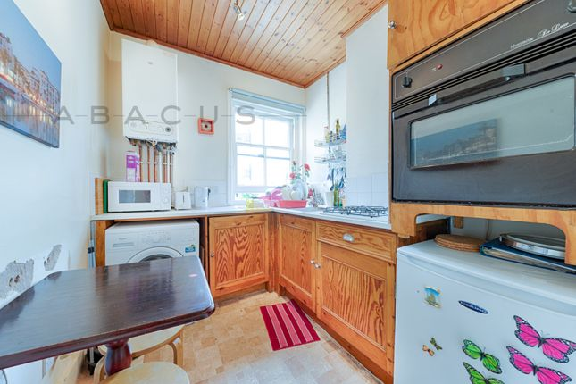 Thumbnail Flat to rent in West End Lane, West Hampstead